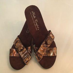 New Helle Comfort Metallic Bronze Heels Size 9